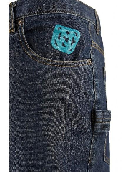Pantalon COMUN98 KF PATCH AZUL detalle delante