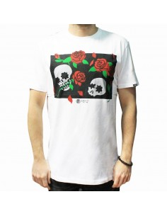 Camiseta CNF SKULL & ROSES